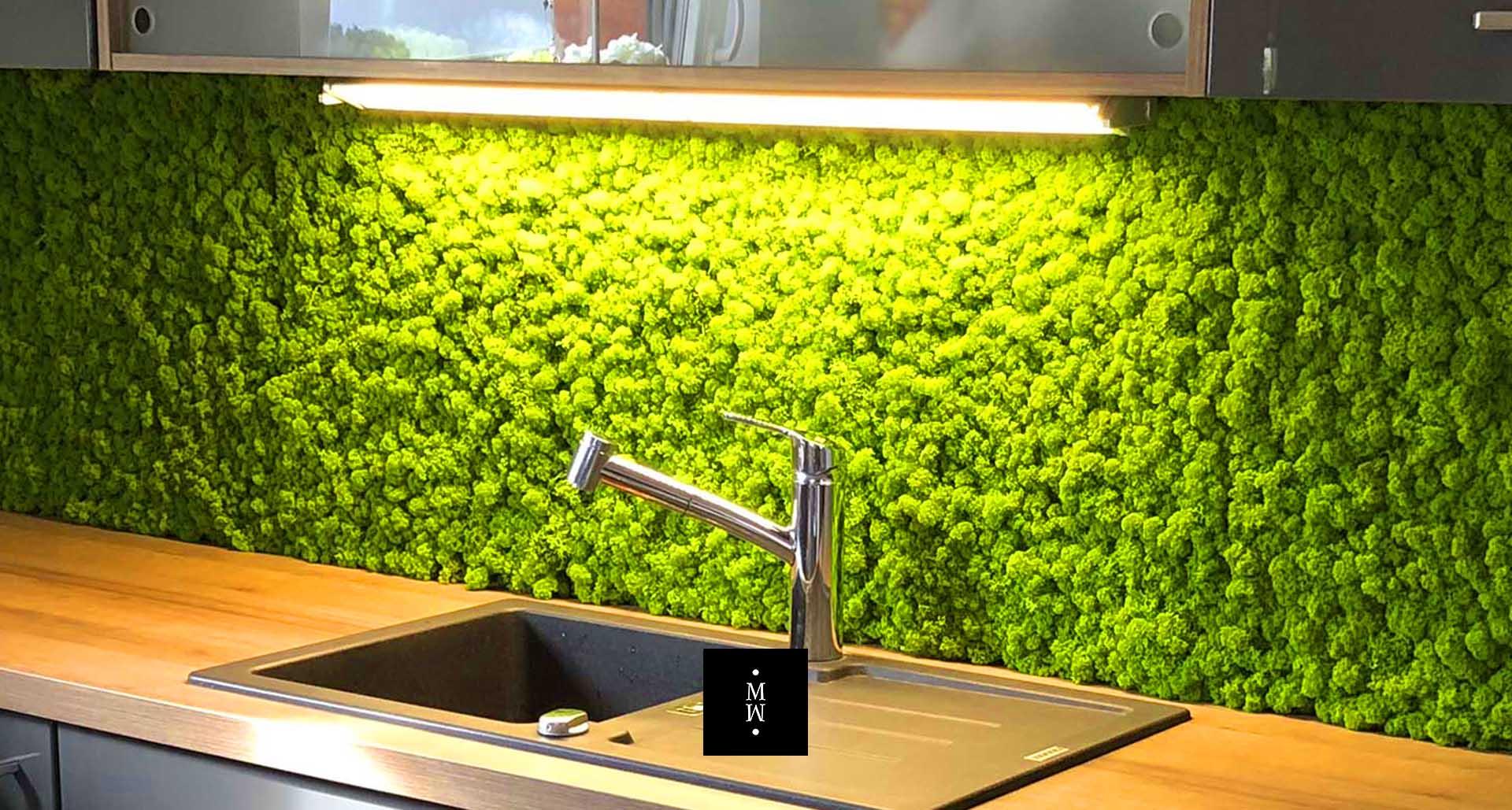 Wandstreifen aus Islandmoos in Küche